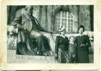 Aranka y su madre a la derecha durante los eventos