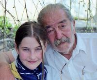 Ara Jeretzian unokájával