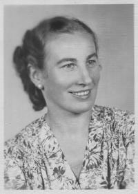 Varga Irén 1942-ben